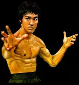 bruce lee kicking bag